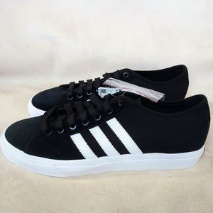 Adidas Matchcourt Mens Sneakers size 10.5